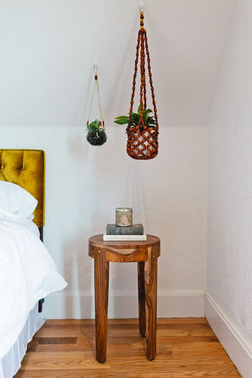 hanging_plants_bedroom_forgeyou