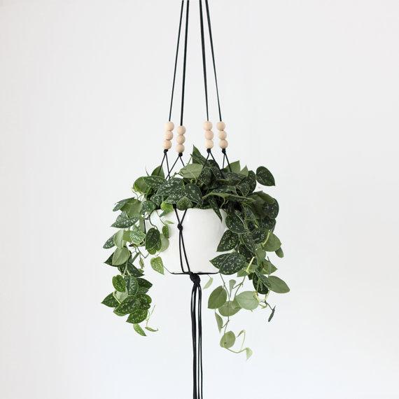 macrame_plant_hanger_forgeyou
